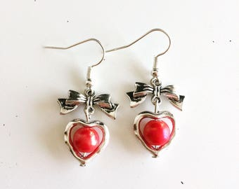 Bows, hearts and red beads earrings