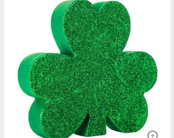 Wooden Shamrock St. Patrocks Day decor