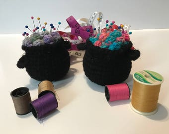 Crochet Cauldron Potion Pin Cushion