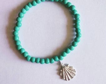 Turquoise scallop shell bracelet