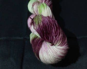 "100g strand hand dyed 4-fold socks wool ""violet"""