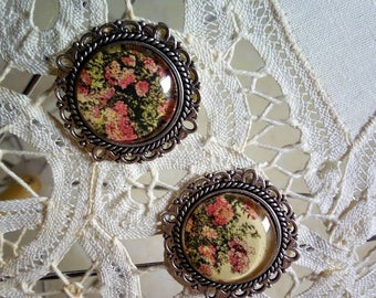 Romantic clip earrings with rose