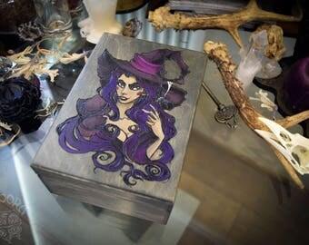 Box - Witch,tarot.