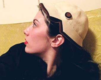 1930/1940s Bullock's Wilshire Art Deco Style Cap Felt Hat