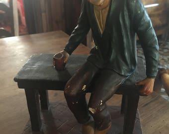 Français de plâtre Statuette d'homme Bistro pyrénéen par L.PENE et Fils LOURDES / typique français au Café / Français bizarre Statue
