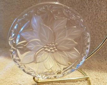 FREE SHIPPING, Mikasa Crystal Poinsettia Ornament