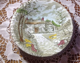 "Vintage British Anchor Pottery ""Country Cottage "" pattern serving bowl"