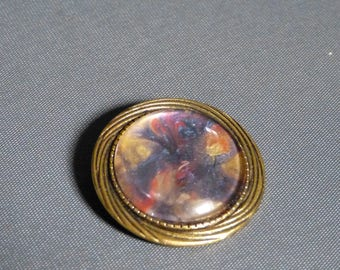 Cabochon Retro brooch
