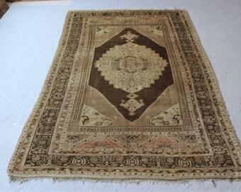 5'5''x8'5'' Turkish Vintage Rug, Handmade Oushak Rug, Faded Old Carpet