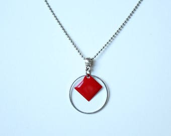 Red sequin enamelled silver neck Choker