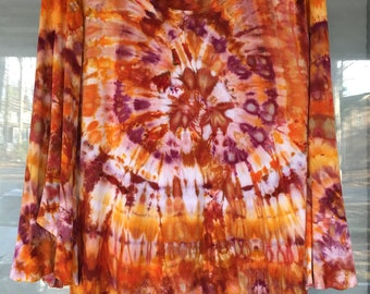 Ladies Tie-dyed Bell Sleeve Top, Size XL
