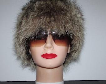 """Superbe chapeau de  véritable fourrure de  chat sauvage naturel/Superbe natural  real raccoon  fur hat 21""""3/4"""