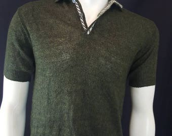 Vintage 50s TOWN and COUNTRY Sportwear Green and Black Acrylic Knit Sweater Shirt M