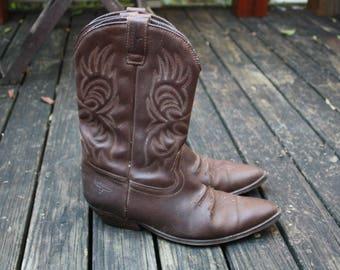 Brown leather cowboy boots Men's / Womens (EU 41 42) Stacked half heel super comfortable awesome boots