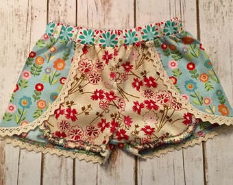 Boho size 6 floral with lace shorts