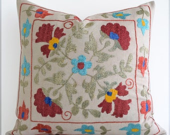 SALE 30% Hand Embroidery Silk Suzani Pillow Red Green Beige Suzani Pillow Suzani Pillow Cover Decorative Pillow, Throw Pillow, Accent Pillow