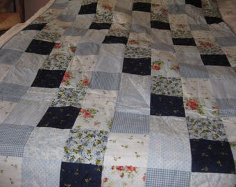 Blue Roses Quilt