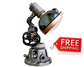 Industrial style Etsy gifts industrial Lighting products Industrial lamp table Edison lamp Vintage machine lamp Vintage steampunk lamps