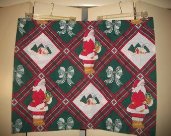 Vintage Christmas Themed Pillow Sham by Dan River