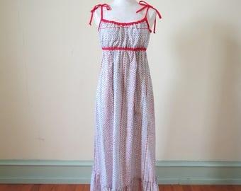 Vintage 1970's maxi dress | 1970's floral dress | vintage maxi dress | tulip print dress | hawaiian dress| red maxi dress | white maxi dress