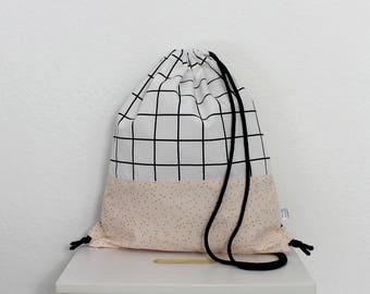 Backpack big - soft pink and grid