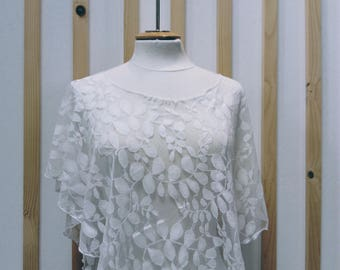 ivory Lace cape , lace poncho , bridal cover up , cape , poncho