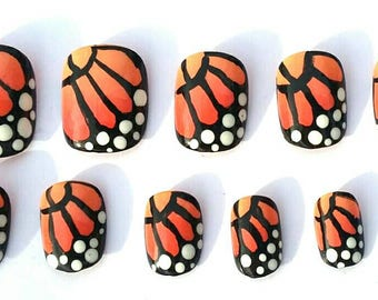 Monarch Butterfly Wings Artificial Press On Nails | Round Oval Stiletto in Short or Medium Length | Set of 20 | Hand-painted No. 272 - 274