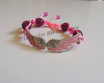 wings bracelet pink and Fuchsia