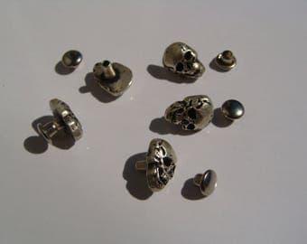 5 Aged silver skull rivets