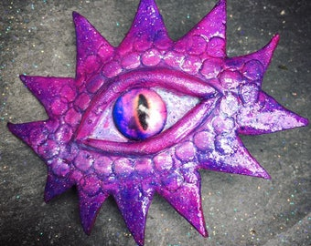 Dragon Eye Hair Clip
