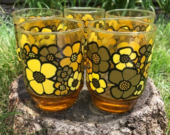 Retro Amber Drinking Tumblers Glasses with Mod Flower Design  - Set of 8