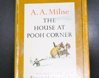 Vintage 1961, hardcover, The House at Pooh Corner, Winnie the Pooh, dust jacket, excellent condition, A A Milne, Shepard