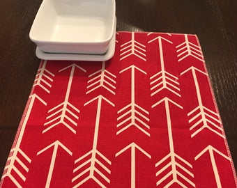 Red Tablecloth | Decor