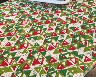Christmas Table Runner | Red Green Table Runner | Modern Christmas Table Runner | Shabby Chic Christmas Table Runner | Christmas Centerpiece