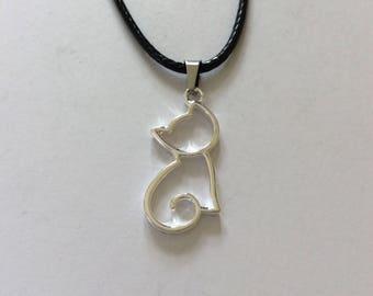 Cat necklace / cat jewellery / cat lover gift / animal jewellery / animal lover gift