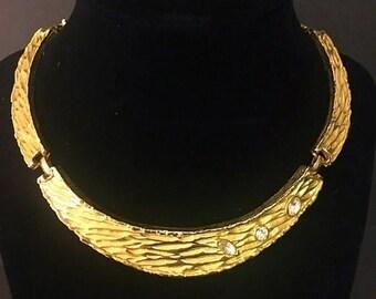 ON SALE Vintage goldtone rhinestone necklace