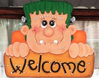 Halloween, Halloween Welcome, Welcome,  Wooden Welcome Sign, Halloween Sign, Hand Painted Sign, Wall Hanging, Wall Decor, Halloween Decor