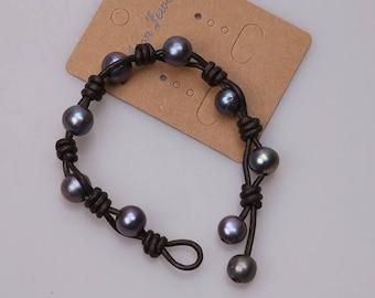 Black Freshwater Pearls Bracelets, Women Handmade Pearl Leather Bracelet,Beaded Bangles Girls Near Round Pearl Wristband Knotted Jewelry