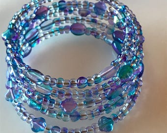 Memory wire bracelet in iridescent blue and purple