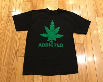 Vintage Addicted Weed Leaf T-shirt 90's Size large Mint condition stoner Dr.Dre rap tee california love