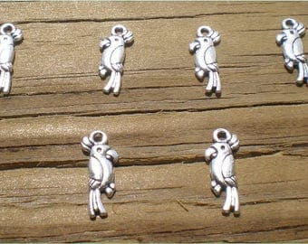 10 Parrot Charms, Antique Silver Tone, Adorable Bird Charms, Jewelry Findings