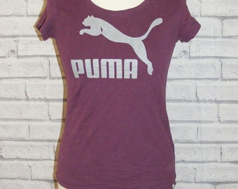 Size 10 vintage 90s Puma cap sleeve fitted t shirt purple with grey logo (HQ87)
