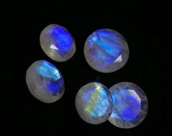 35% Discount, Rainbow Moonstone Round Faceted Cabochon, Blue Flash Rainbow, High Quality, Natural Gemstone, Size- 11x11x5 to 13x13x5 MM, Wei