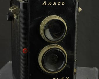 Ansco Rediflex film camera TLR