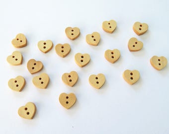 20 heart buttons - wooden buttons -  love heart buttons