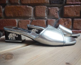 Women's 90s Silver Patent Slip Ons Mules With Elephant Detail On Small Block Heel Size US 6.5 854