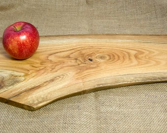 Oak Serving Board / Cheese / Charcuterie Serving Board / Foodie Gift / Wedding Gift / Anniversary Gift / Tree Slice