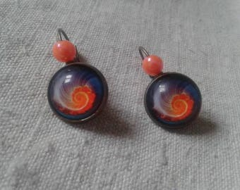 """orange shell"" Stud Earrings"