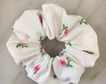 ROSETTE SGagnonB Scrunchie Scrunchies Hair elastic band Hair Tie - scrunchie hair Ponytail accessories-hair-roses-rose-pink ties