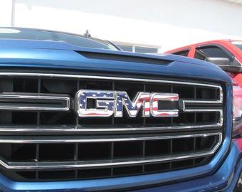 07-13 GMC Sierra Yukon Acadia WHITE Front Grill Emblem